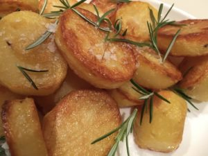 Gorgeous Crispy Roast Potatoes